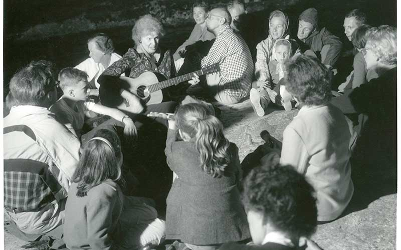 Singalong_1960s-cold-river-camp